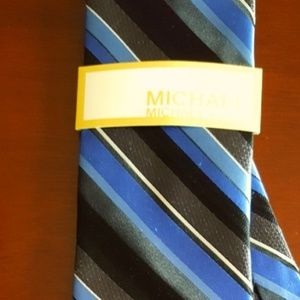 MICHAEL KORS Mens NWT Silk Necktie Striped MK